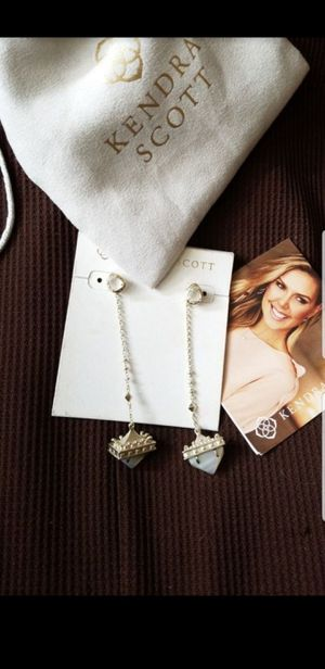 KENDRA SCOTT for Sale in Fort Worth, TX