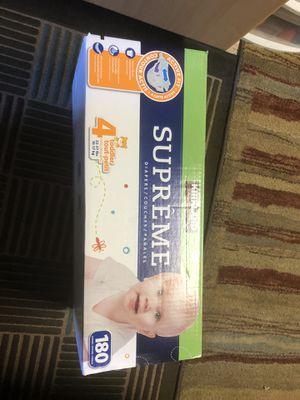 Kirkland supreme diaper, size 4 , 180 count for Sale in Sunnyvale, CA