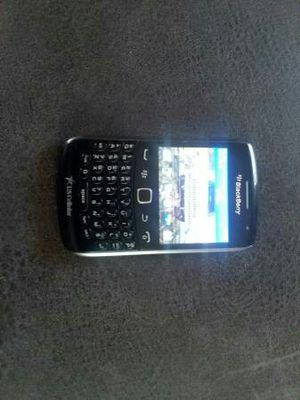 Old school Blackberry 9350 in excellent condition works just like it should unlocked for Sale in Ottumwa, IA