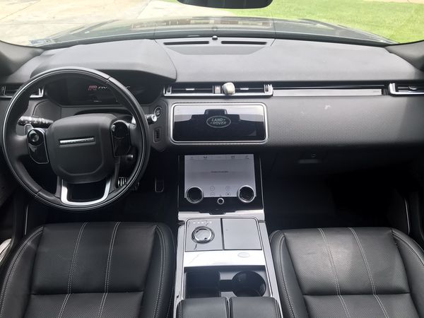 2018 Range Rover Velar R-Dynamic (Like New)