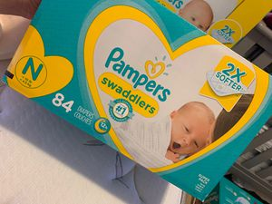New box of pampers 84.... New born for Sale in Phoenix, AZ