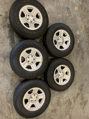 "16"" Stock Jeep Wheels (Basically Brand New) for Sale in Doral, FL"
