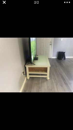 Tv stand coffee table for Sale in Tampa, FL