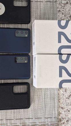 Samsung Galaxy S20 FE 128 GB for Sale in Hemet,  CA