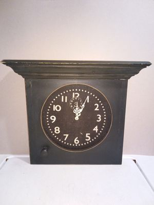 Wooden Clock for Sale in Greenbelt, MD