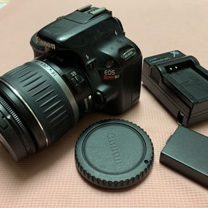 Canon EOS Rebel SL1 18-55mm Lens Kit Charger & Battery & SD Card -FIRM PRICE for Sale in Anaheim, CA
