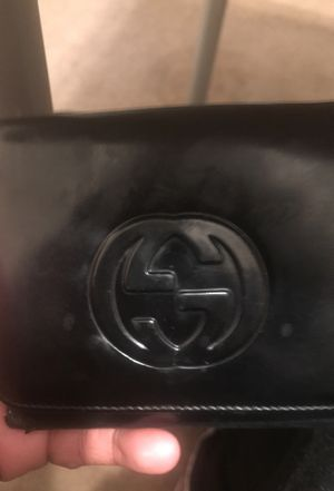 Gucci wallet for Sale in Germantown, MD