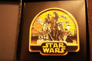 Force awakens limited edition of 500 Disney pin for Sale in Sun City, AZ