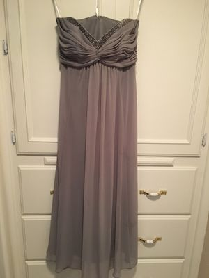 Teenager/woman's lavender chiffon strapless dress/jeweled neckline size 4/6 for Sale in Fresno, CA