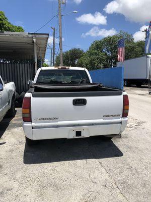 2000 Chevy Silverado 1500 part out ! for Sale in Miami, FL
