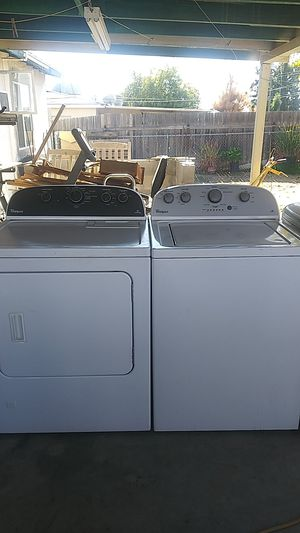 Whirlpool washer and dryer gas for Sale in Bakersfield, CA