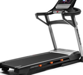 NEW NORDICTRACK T 8.5 SERIES TREADMILL for Sale in Aliso Viejo,  CA