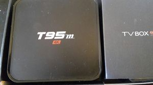 TV BOX INTERNET BETTER THE APPLE TV for Sale in Fresno, CA