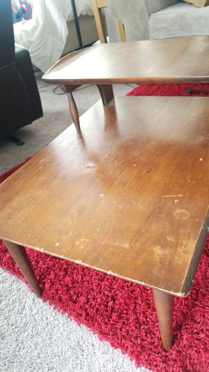 End table for Sale in Eastlake, OH