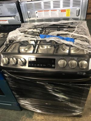"""30"""" NEW LG SLIDE IN GAS STOVE BLACK STAINLESS STEEL WITH ONE YEAR WARRANTY for Sale in Lake Ridge, VA"""