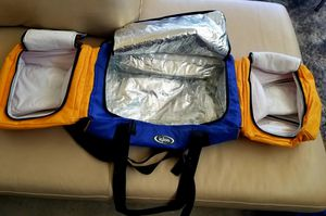 Igloo Travel Cooler Bag. Bagpacking for Sale in Phoenix, AZ