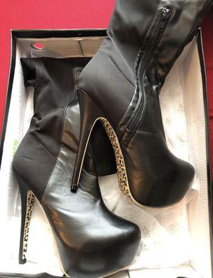 Women's 8.5 heel boots for Sale in Tampa, FL
