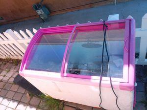 It's a freezer for Sale in Fontana, CA