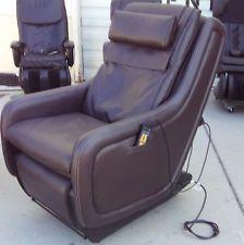 Massage chair - human touch zero gravity for Sale in Deerfield Beach, FL