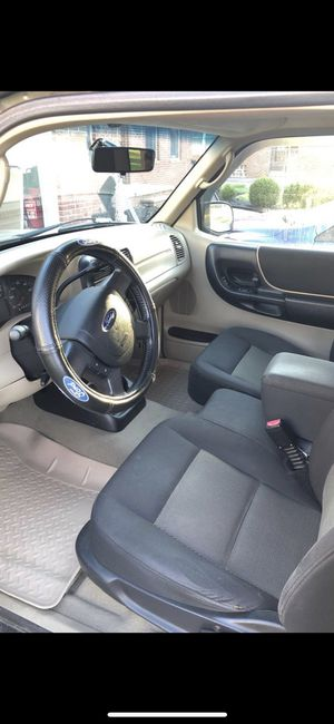 2004 Ford Ranger 4x4 CLEAN for Sale in North Royalton, OH