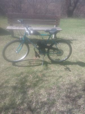 Mongoose mountain bike good condition for Sale in Woonsocket, RI