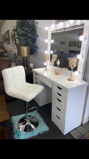 Makeup vanity for Sale in Tempe, AZ