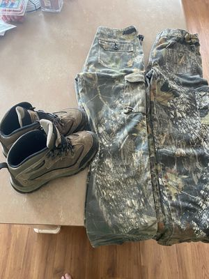 Kids hunting clothes for Sale in Peoria, AZ