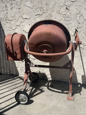 3 1/2 CUBIC FT. PORTABLE SOLID STEEL STUCCO MORTAR CEMENT MIXER for Sale in Pico Rivera, CA
