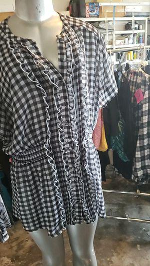 Plus size women's shirt torrid for Sale in Orlando, FL