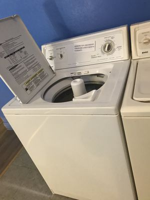 Top load washer working perfectly 4 moths warranty for Sale in Baltimore, MD