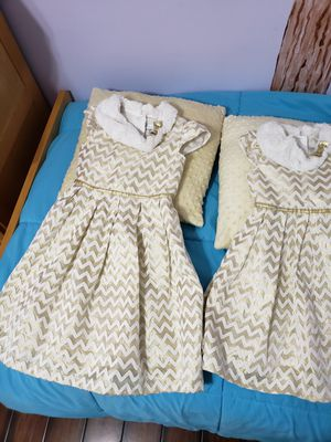 Girls dresses!! for Sale in Palmdale, CA