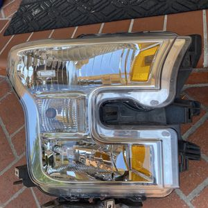 HEADLIGHTS !!‼️‼️ for Sale in Norwalk, CA