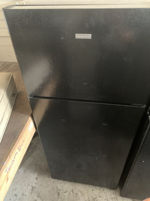 Hotpoint black refrigerator / delivery available for Sale in Tampa, FL