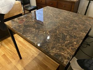 High top kitchen table for Sale in Chicago, IL