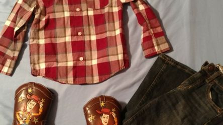 Boys Outfit (4/5) with Toy Story Boots Size 9 for Sale in Marbury,  AL