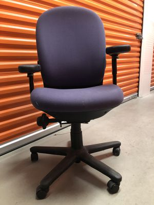 beautiful office chair good condition for Sale in Somerville, MA