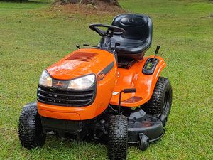 """Ariens 46"""" Riding Tractor Mower FREE DELIVERY for Sale in Tampa, FL"""