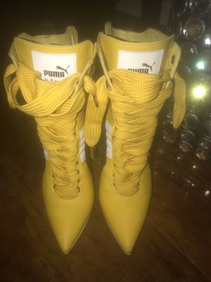 Puma Fenty yellow leather boots size 39 women for Sale in Pleasant Hill, CA