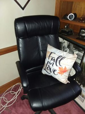 Office chair. for Sale in Saugus, MA