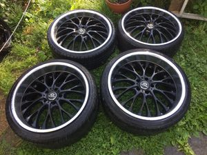 5x114 Lorenzo staggered wheels front 20x8.5 rear 20x10.5 for Sale in Alexandria, VA