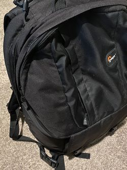 """Lowepro 17"""" Laptop And Camera Backpack for Sale in Jurupa Valley,  CA"""