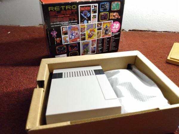 Nintendo NES mini like new 30 games