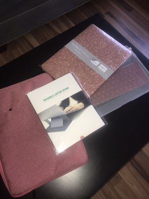 "MacBook Air 13"" accessories for Sale in Naperville, IL"