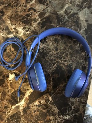 Beats solos 2 for Sale in Saint Ann, MO
