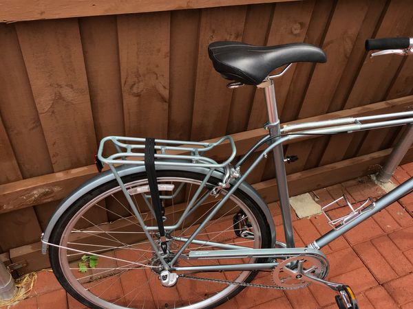 New Giant bicycle 29 miles (with accessories)