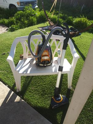 Great deal on Eureka readyforce total vacuum for Sale in Moreno Valley, CA