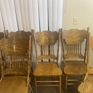 6 Dinning Table Chairs for Sale in Beaverton, OR