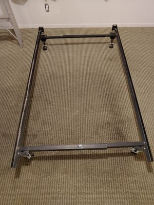 Twin bed frame for Sale in Garden Grove, CA