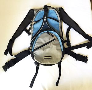 Eddie Bauer Hydration Backpack with Bladder for Sale in Sacramento, CA