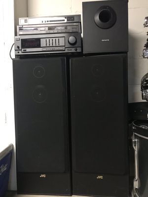 6 piece Stereo System for Sale in Columbus, OH